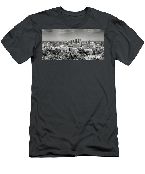 Magic City Skyline Bw Men's T-Shirt (Athletic Fit)