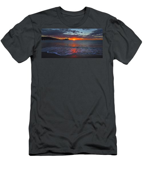 Malibu Pier Sunrise Men's T-Shirt (Athletic Fit)