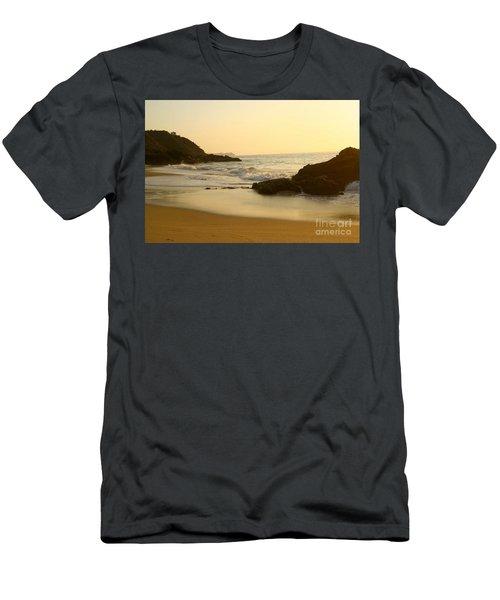 Mexico Sunset Men's T-Shirt (Athletic Fit)