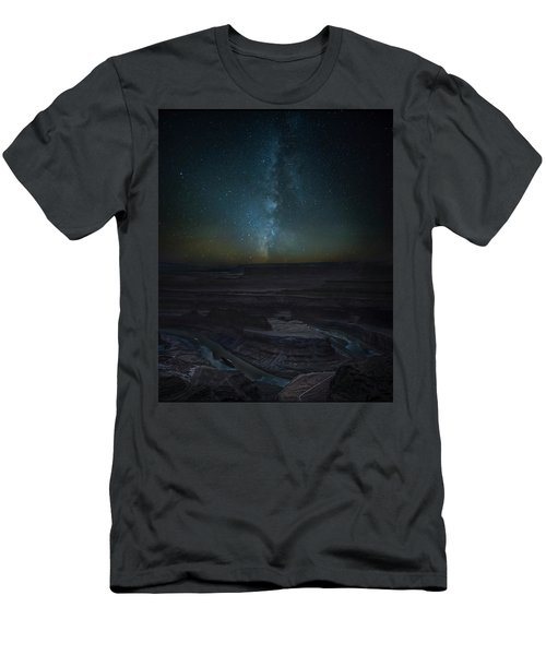 Men's T-Shirt (Athletic Fit) featuring the photograph Milky Way Over Dead Horse Point by David Morefield