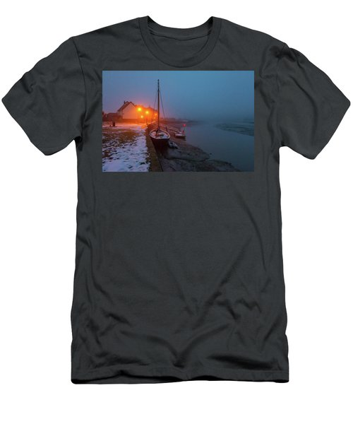 Men's T-Shirt (Athletic Fit) featuring the photograph Misty Rowhedge Winter Dusk by Gary Eason