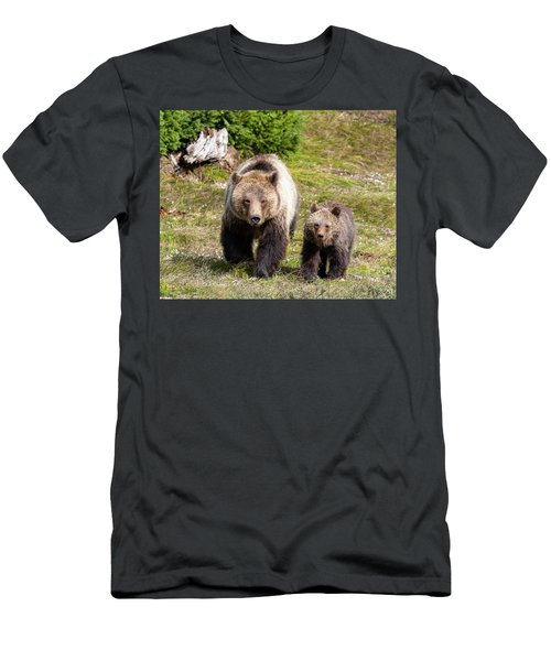 Mom And Cub Men's T-Shirt (Athletic Fit)