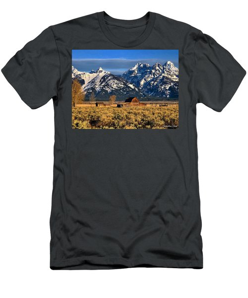 Moulton Barn Grand Tetons Men's T-Shirt (Athletic Fit)