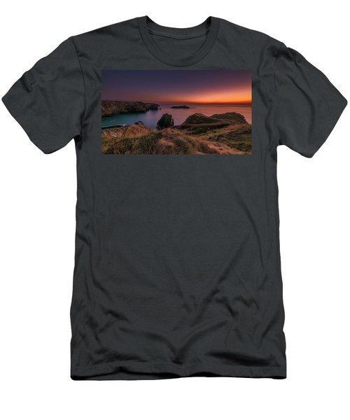 Mullion Cove - Sunset 2 Men's T-Shirt (Athletic Fit)