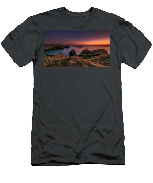 Mullion Cove - Sunset 2 Men's T-Shirt (Athletic Fit)