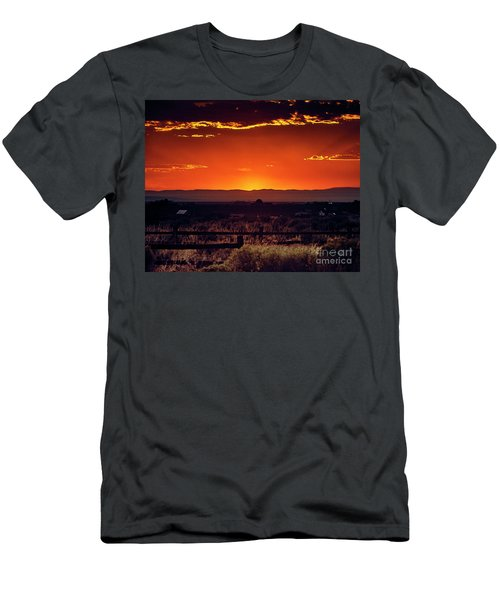 New Mexico Sunset Men's T-Shirt (Athletic Fit)