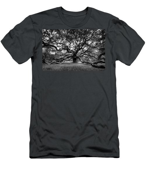 Oak Of The Angels - Bw Men's T-Shirt (Athletic Fit)