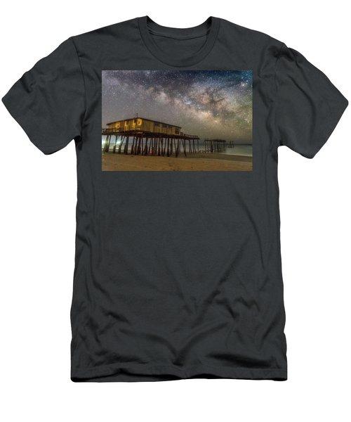 Old Frisco Pier Men's T-Shirt (Athletic Fit)