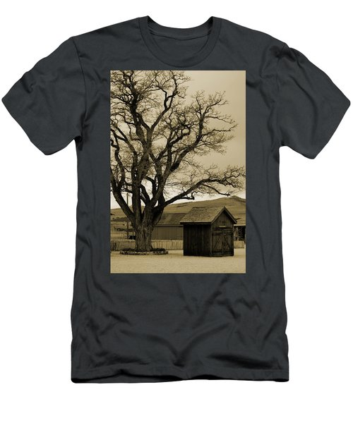 Old Shanty In Sepia Men's T-Shirt (Athletic Fit)