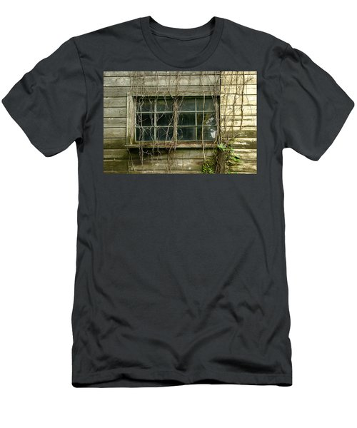 Old Window Men's T-Shirt (Athletic Fit)
