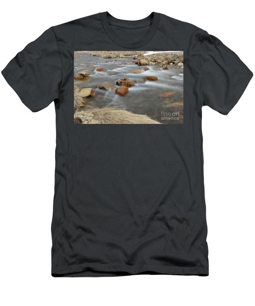 On Easy Shores Men's T-Shirt (Athletic Fit)