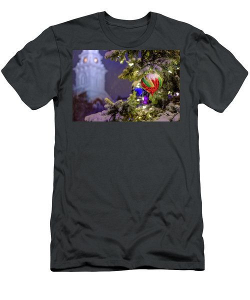 Ornament, Market Square Christmas Tree Men's T-Shirt (Athletic Fit)