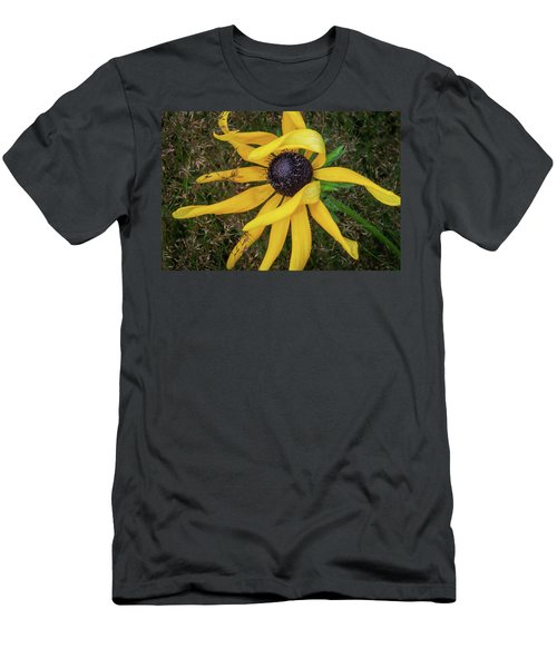Men's T-Shirt (Athletic Fit) featuring the photograph Out Of The Ordinary by Dale Kincaid