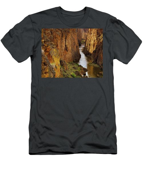 Owhyee River Men's T-Shirt (Athletic Fit)