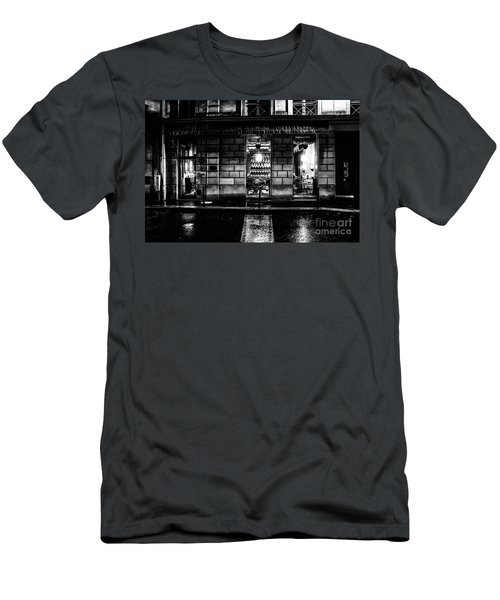 Paris At Night - Rue Bonaparte 2 Men's T-Shirt (Athletic Fit)