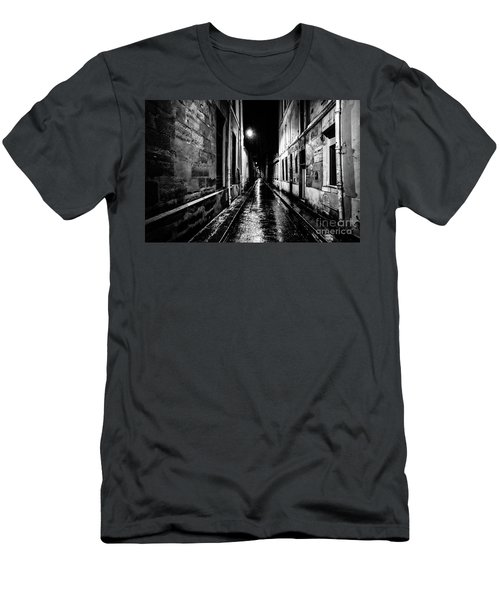 Paris At Night - Rue Visconti Men's T-Shirt (Athletic Fit)