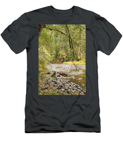 Peaceful Molalla River Men's T-Shirt (Athletic Fit)
