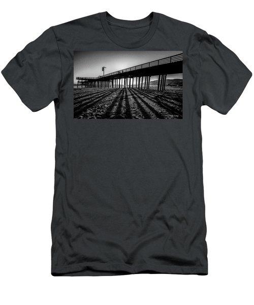 Pismo Beach Pier Men's T-Shirt (Athletic Fit)