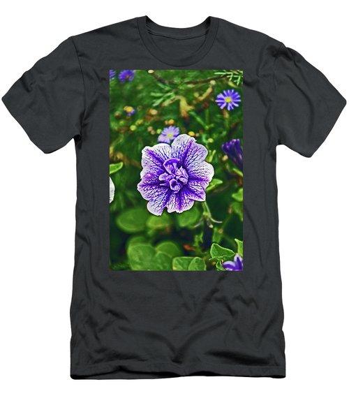 Pitlochry.  Purple Petunia. Men's T-Shirt (Athletic Fit)
