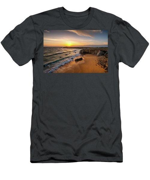 Pointe Du Percho And Port Blanc Men's T-Shirt (Athletic Fit)