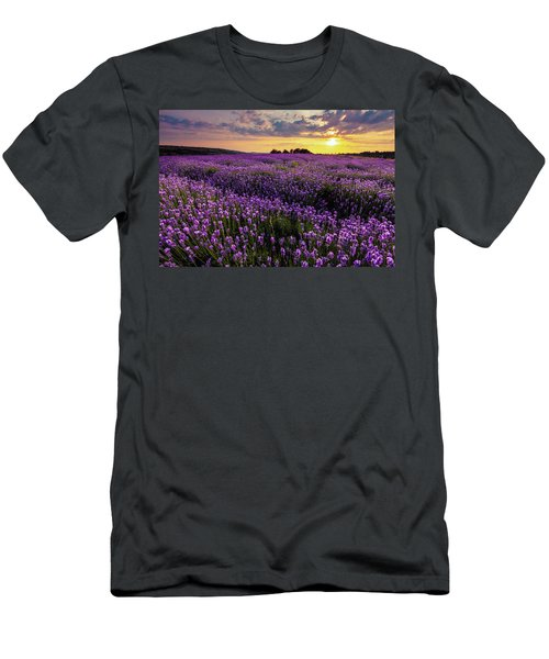 Purple Sea Men's T-Shirt (Athletic Fit)