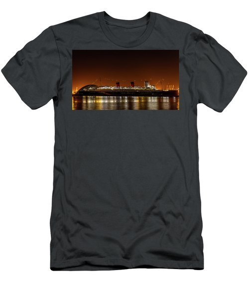 Rms Queen Mary Men's T-Shirt (Athletic Fit)