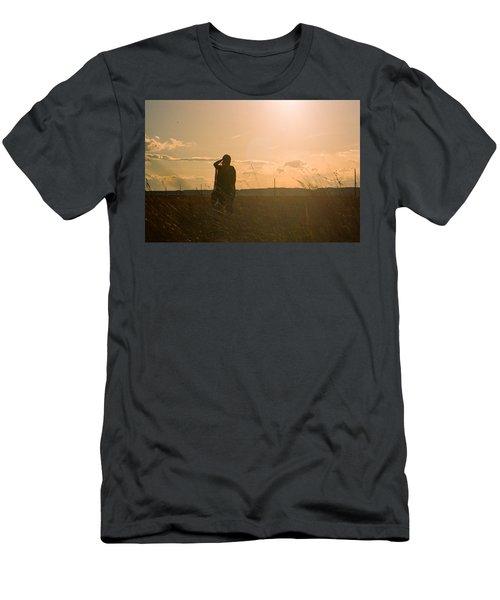 Sarah In Sunlight Men's T-Shirt (Athletic Fit)