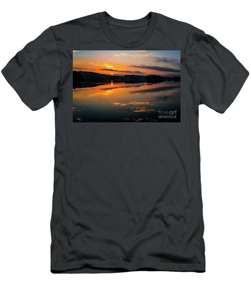 Savannah River Sunrise - Augusta Ga 2 Men's T-Shirt (Athletic Fit)