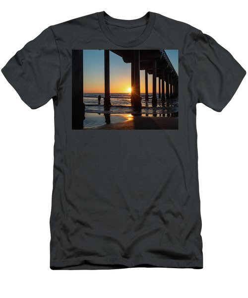 Scripps Pier Men's T-Shirt (Athletic Fit)
