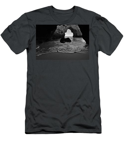 Silky Waves In Monochrome Men's T-Shirt (Athletic Fit)