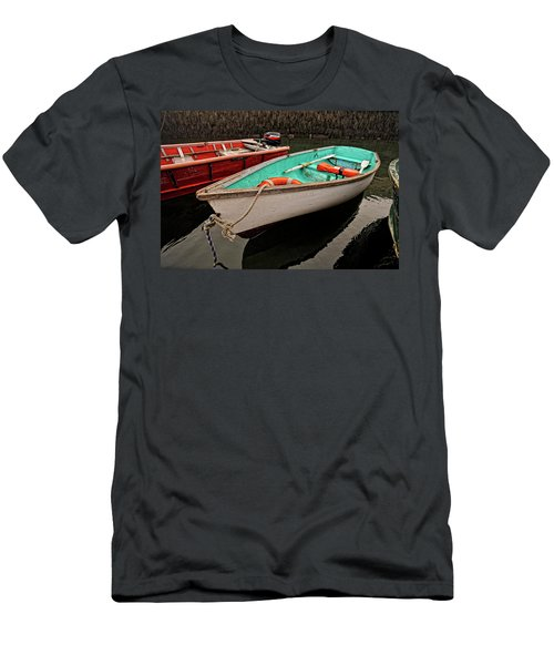 Skiffs Men's T-Shirt (Athletic Fit)