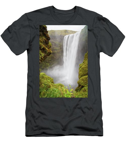 Skogafoss Iceland Men's T-Shirt (Athletic Fit)