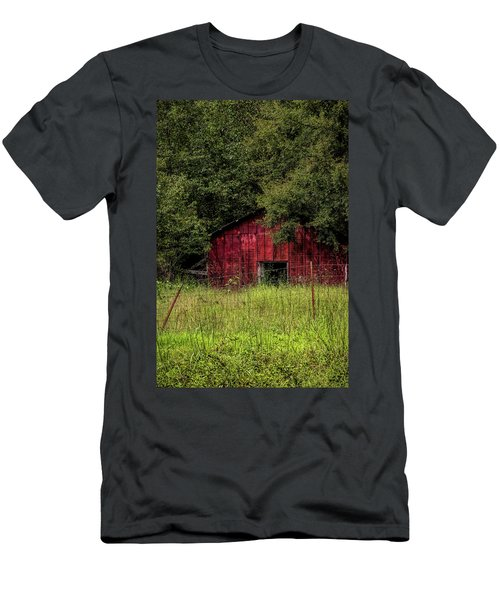 Small Barn 2 Men's T-Shirt (Athletic Fit)