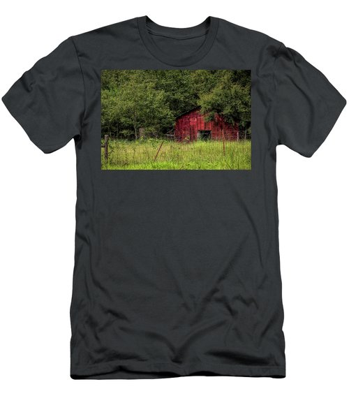 Small Barn Men's T-Shirt (Athletic Fit)