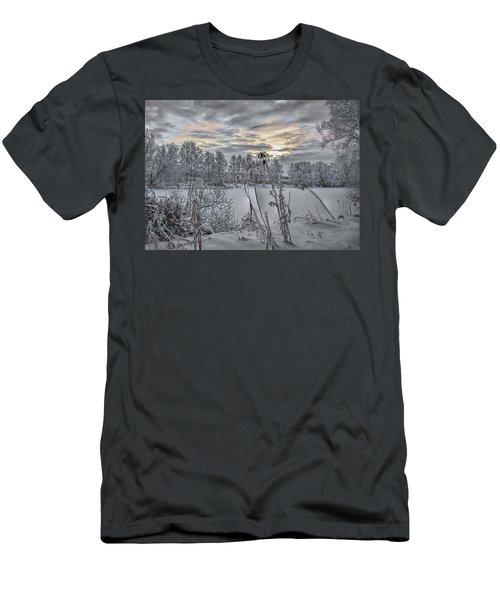 Snow #i3 Men's T-Shirt (Athletic Fit)