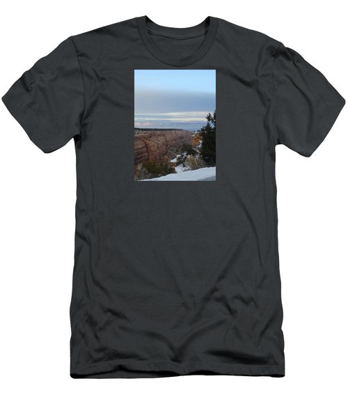 Snowy Sunset Men's T-Shirt (Athletic Fit)