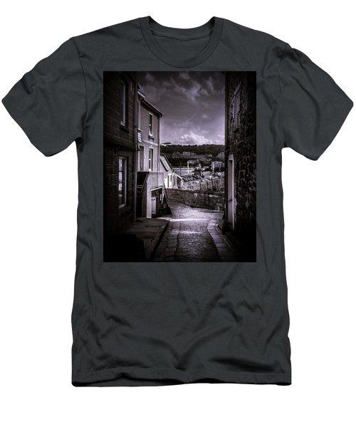 St Ives Street Men's T-Shirt (Athletic Fit)