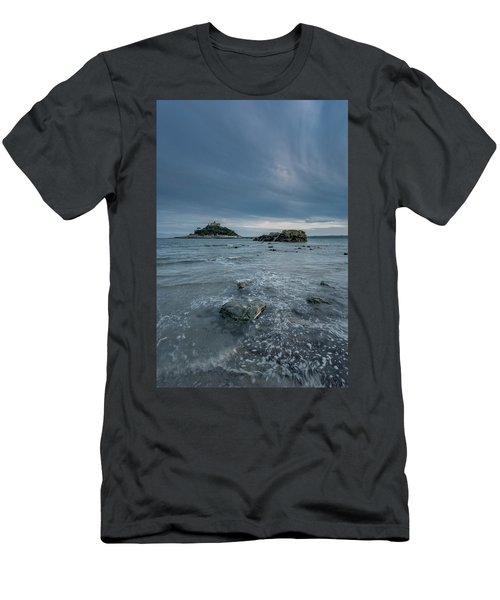 St Michael's Mount - Marazion - Cornwall Men's T-Shirt (Athletic Fit)