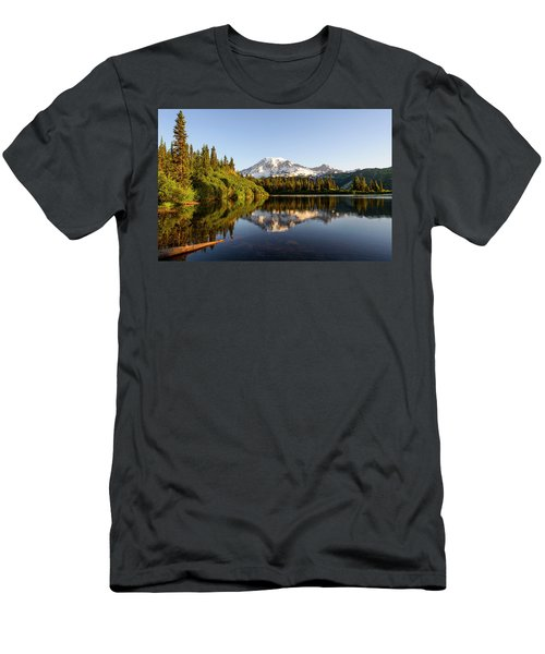 Sunrise In Mt Rainier  Men's T-Shirt (Athletic Fit)