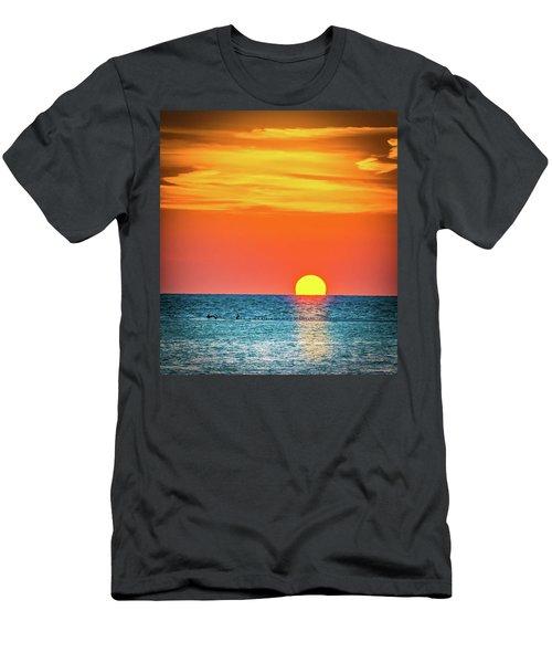 Sunset Captiva  Men's T-Shirt (Athletic Fit)