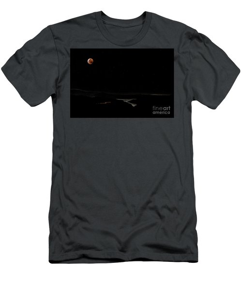 Super Blood Wolf Moon Eclipse Over Lake Casitas At Ventura County, California Men's T-Shirt (Athletic Fit)