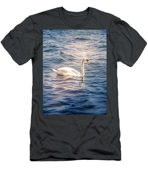Swan Men's T-Shirt (Athletic Fit)