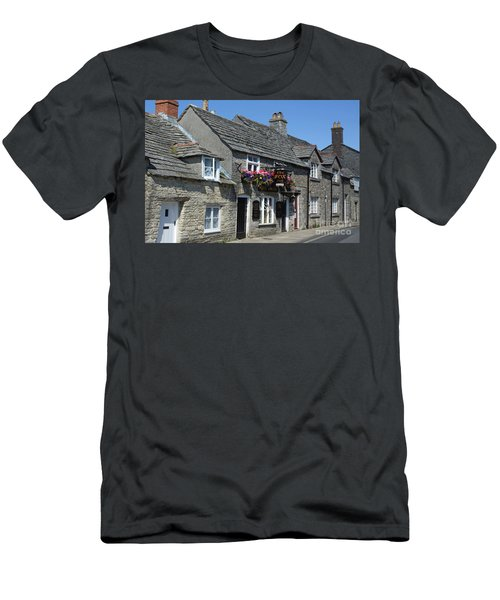 The Fox Inn At Corfe Castle Men's T-Shirt (Athletic Fit)
