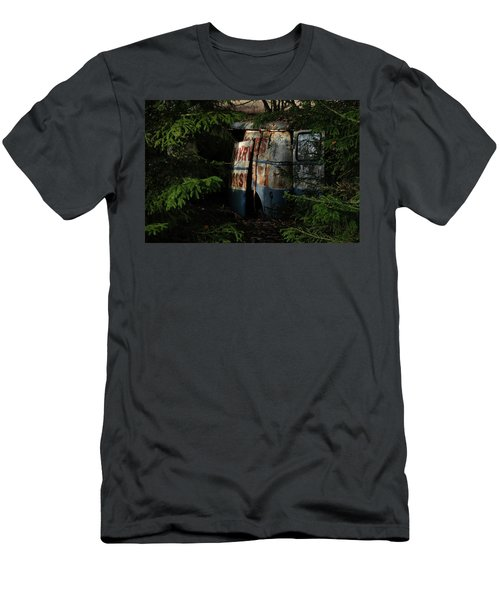 The Junk Yard Men's T-Shirt (Athletic Fit)