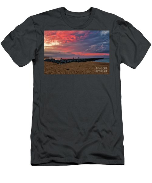 The Last Sunrise Of 2018 Men's T-Shirt (Athletic Fit)