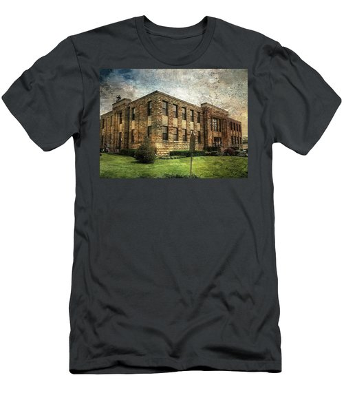 The Old County Courthouse Men's T-Shirt (Athletic Fit)