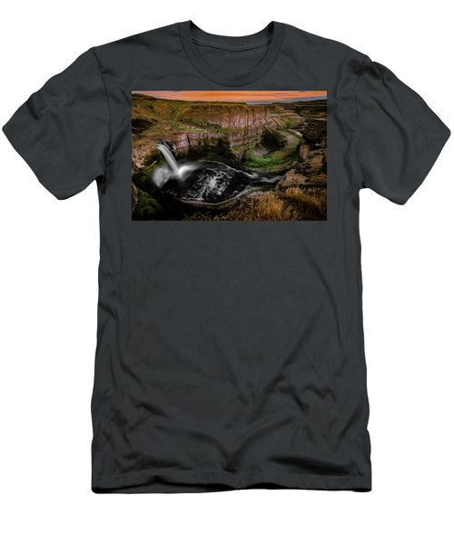 Men's T-Shirt (Athletic Fit) featuring the photograph The Palouse by Francisco Gomez