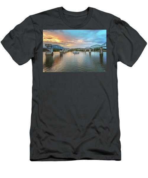 The Southern Belle Between The Bridges  Men's T-Shirt (Athletic Fit)
