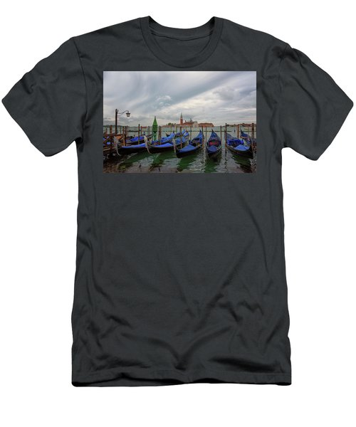 Venice Gondola's Grand Canal Men's T-Shirt (Athletic Fit)