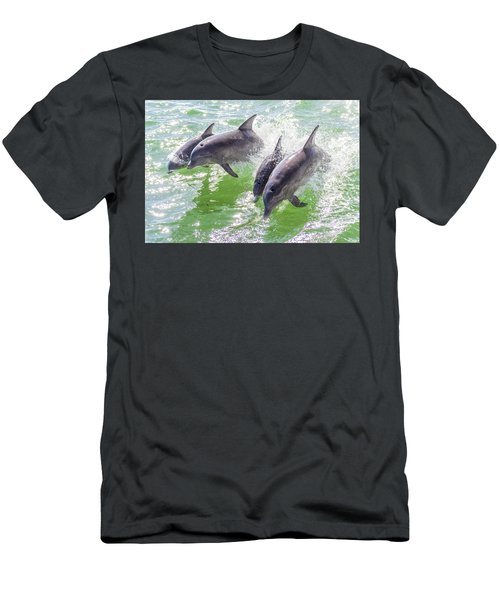 Wake Surfing Dolphin Family Men's T-Shirt (Athletic Fit)